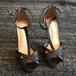 4813 1984 paperweight essay.php]1984 High heeled fabric pumps Fancy black Women s shoes Sebastian Milano